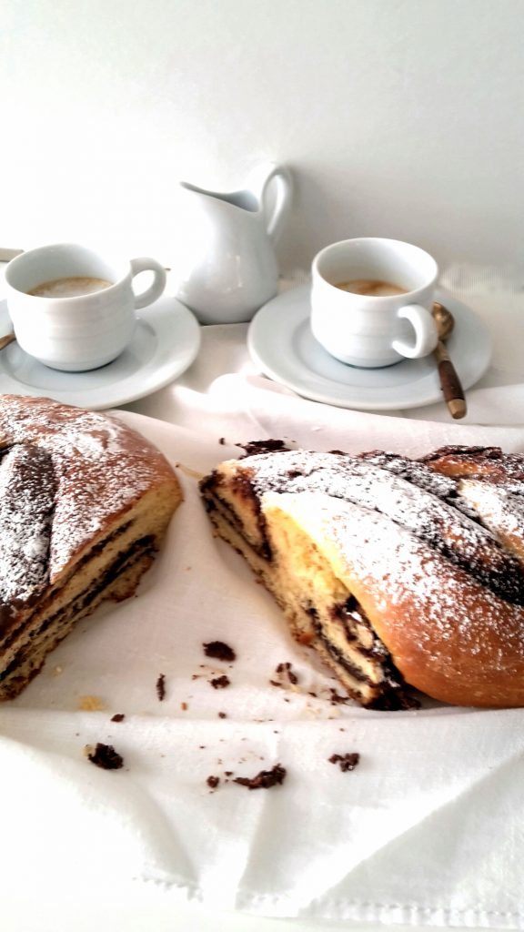 Nutella Pain Brioche braid - SugarLoveSpices