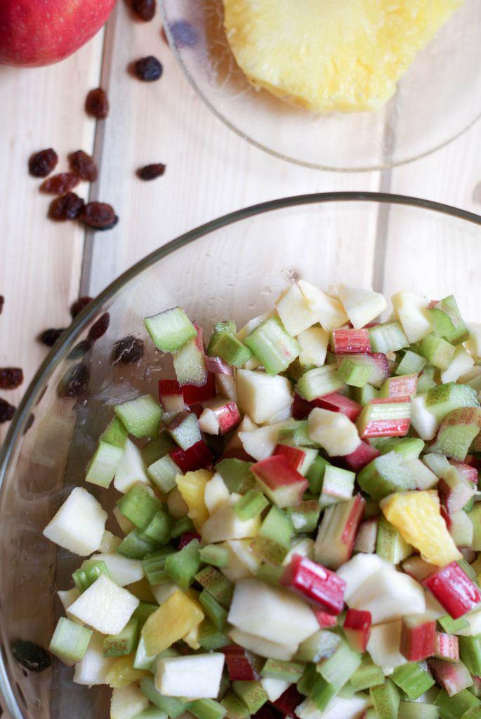 apple rhubarb crisp