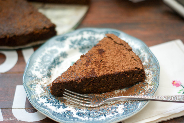 How Many Calories In Flourless Chocolate Cake