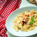 Farfalle-with-roasted-red-pepper-and-sundried-tomatoes-cream-sauce