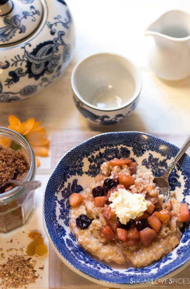Apple Blueberry Spiced Porridge