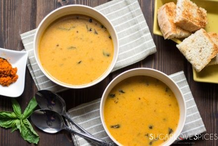 red-curry-coconut-roasted-squash-soup