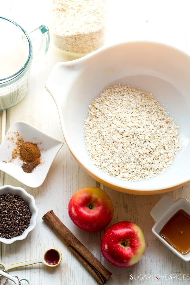 Apple Pie Chia Overnight Oats