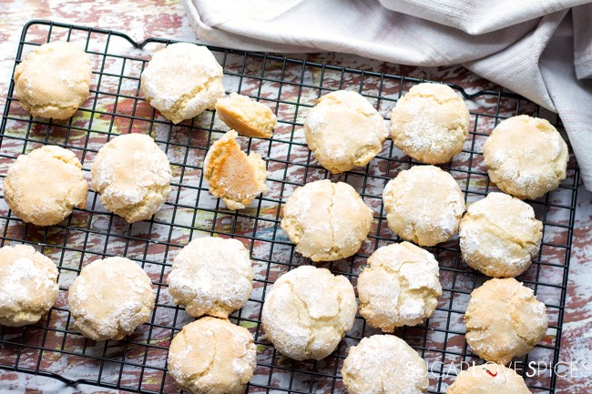 Soft Chewy Amaretti Cookies - SugarLoveSpices