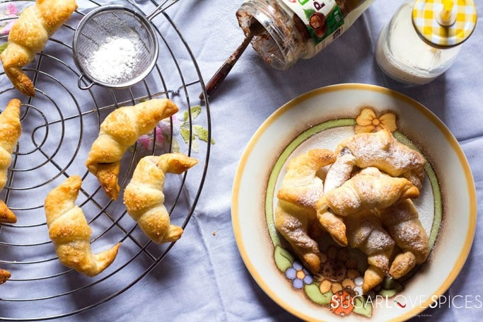 """Hazelnut and Vanilla Puff Pastry Mini Croissants-an easy snack, these """"cheater's croissants"""""""