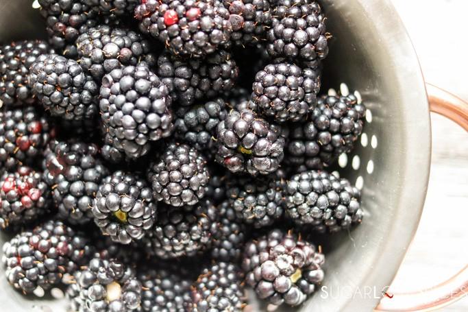 Blackberry Peach Ginger Jam-fruit closeup