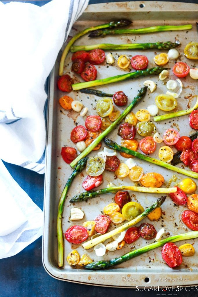 Spaghetti Primavera with Roasted Asparagus and Tomatoes-veggies roasting in the pan