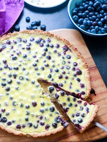 Mustikkapiirakka (Finnish Blueberry Pie)-a slice cut