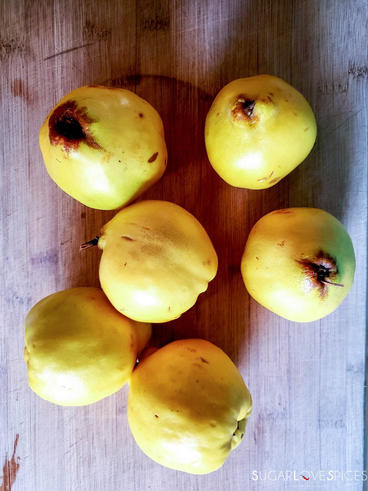 Easy quince jam-quinces