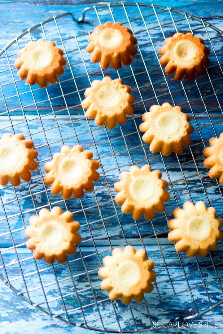 Sandbakkelse, Norwegian Christmas Cookies-on the rack