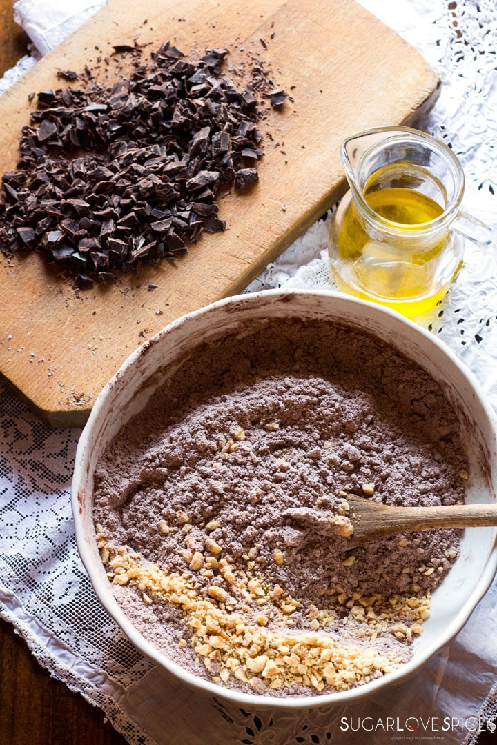 Olive oil spelt flour cookies with chocolate and hazelnuts-mixing flour