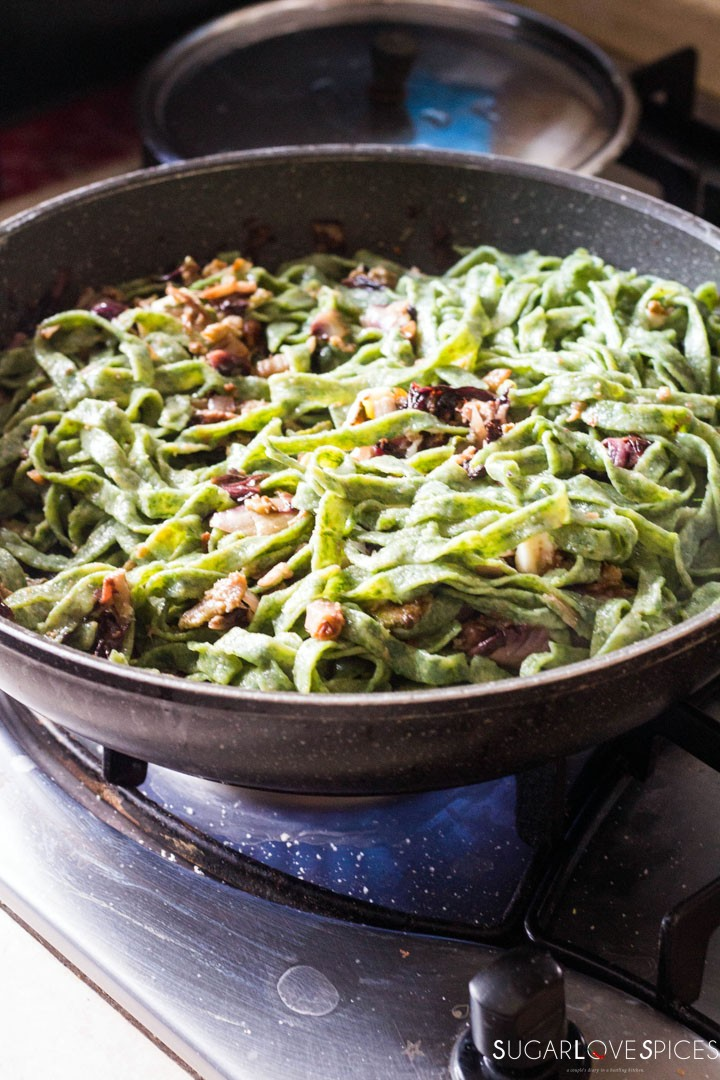 How to make Spinach Fettuccine-in the pan