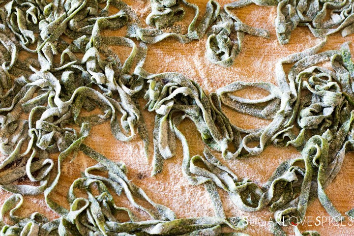 How to make Spinach Fettuccine-on the woodboard