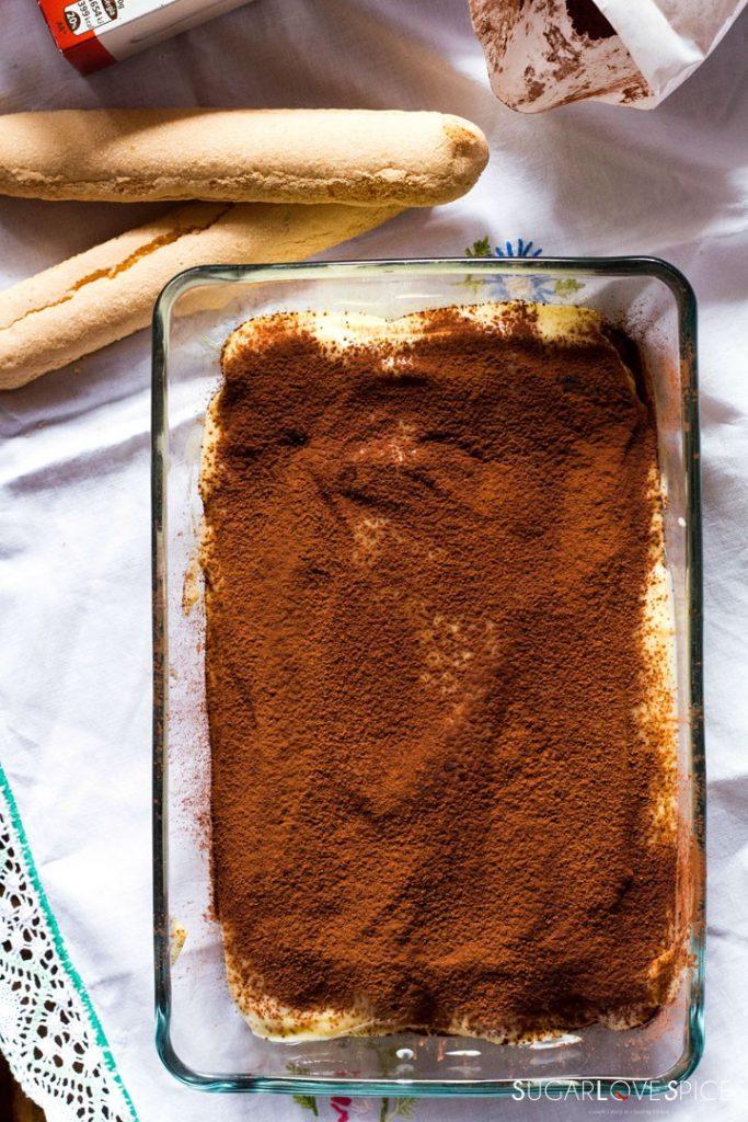 Pastry cream tiramisu-whole