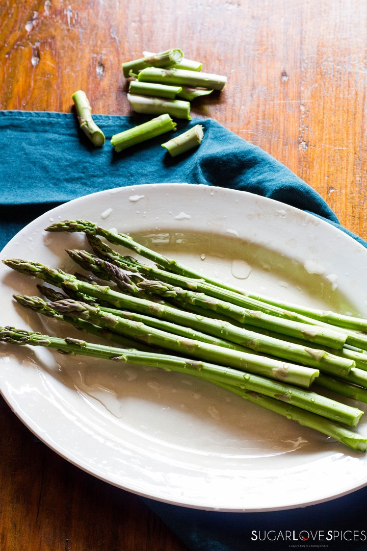 Simple Stove top Lemon Asparagus-washed and trimmed