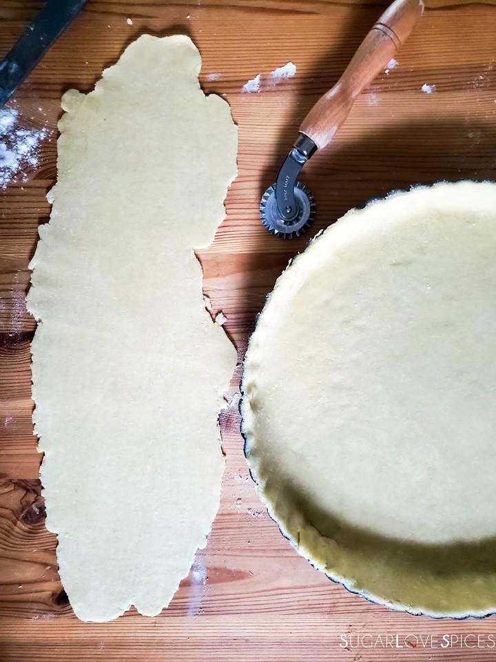 Savory Crostata with zucchini and prosciutto-prep-crust