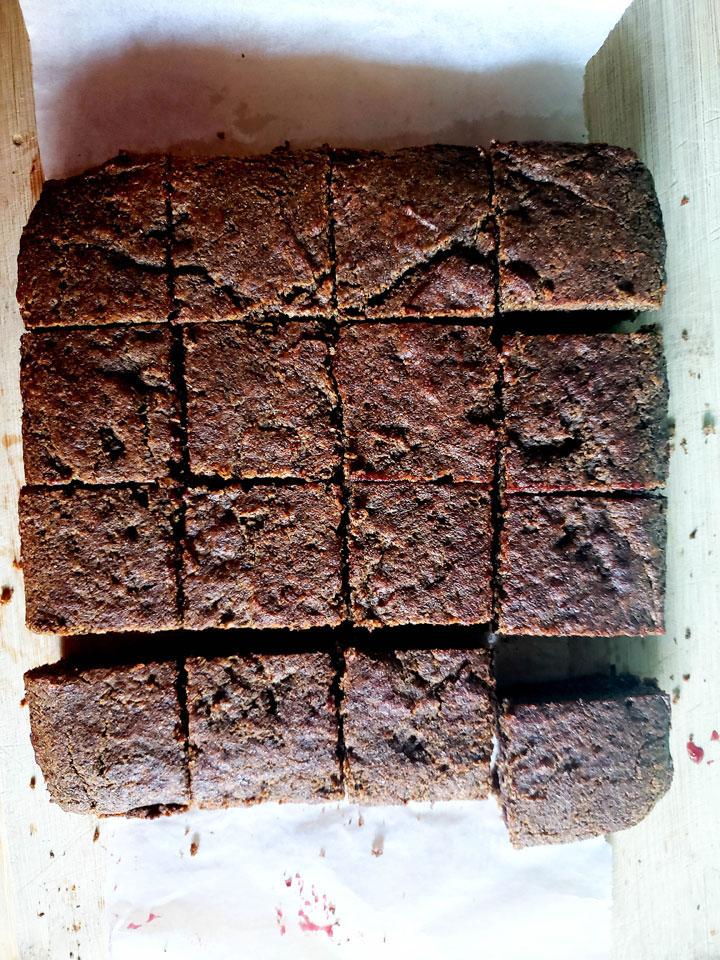 Buckwheat and Jam Cake-cake cut into squares