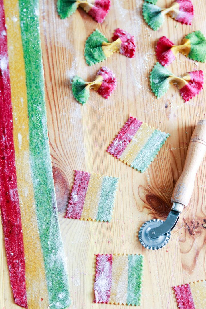 How to Make Tricolor Farfalle Pasta-making farfalle-cutting the rectangles